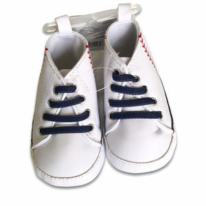 Carter's Child of Mine infant baseball shoes NWT